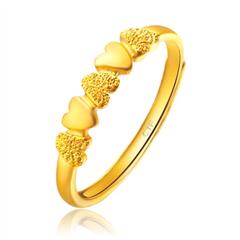 周大福光沙心形足金黄金戒指