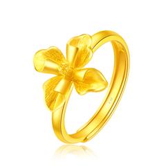 周大福大气绽放花朵足金黄金戒指