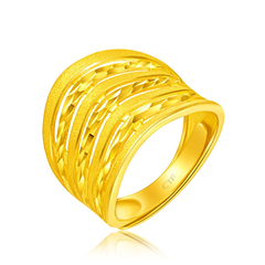 周大福條紋相間足金黃金戒指