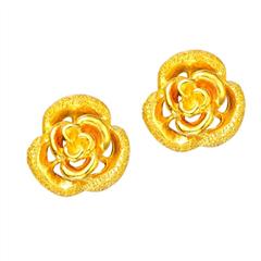 周大福时尚花朵足金黄金耳环