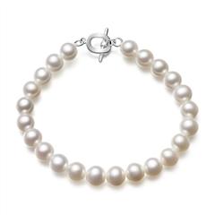周大福简约婚嫁白色珍珠手链