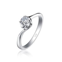 【刻字】周大福扭身圆钻形白色18K金钻石戒指