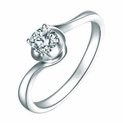 周大福TMARK 時尚扭身豪華18K金鑲鉆石戒指
