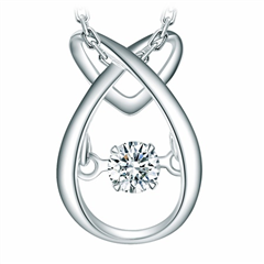 周大福 怦然系列 18K金钻石吊坠(配银链)