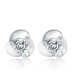 时尚花形白色18K金镶钻石耳钉
