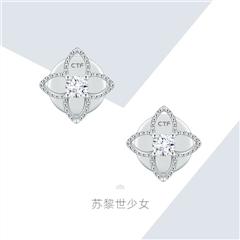 周大福 花蕊18K金镶钻石耳饰