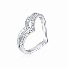 周大福SOINLOVE系列心形PT950铂金钻石戒指